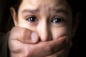 حبس ۴روزه پسر ۸ ساله در خانه مخروبه